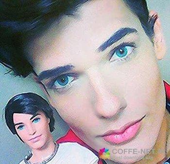 پسر عروسکی با چهره باورنکردنی + عکس
